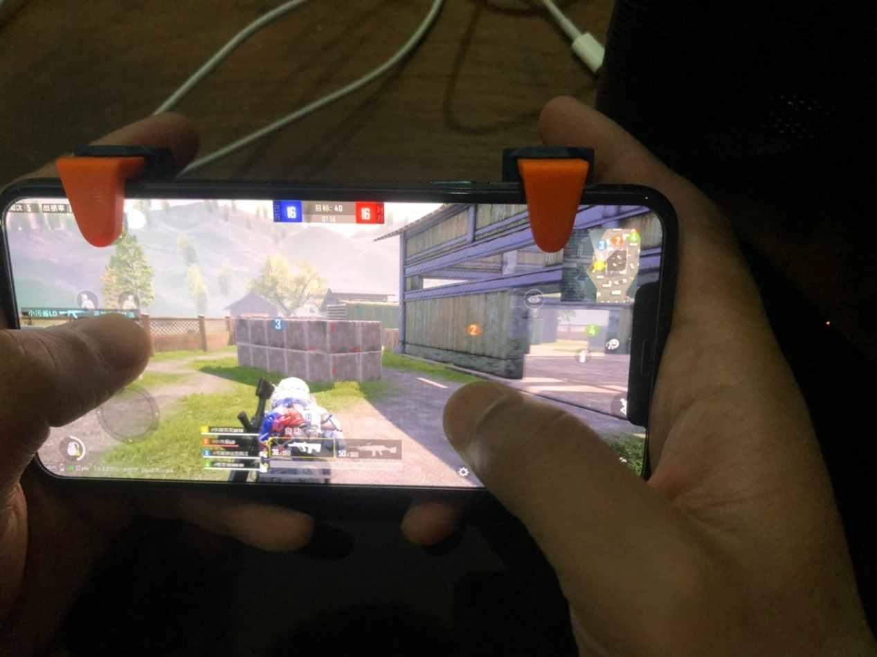 不想买游戏手机还想轻松吃鸡?买它!北通J1吃鸡神器