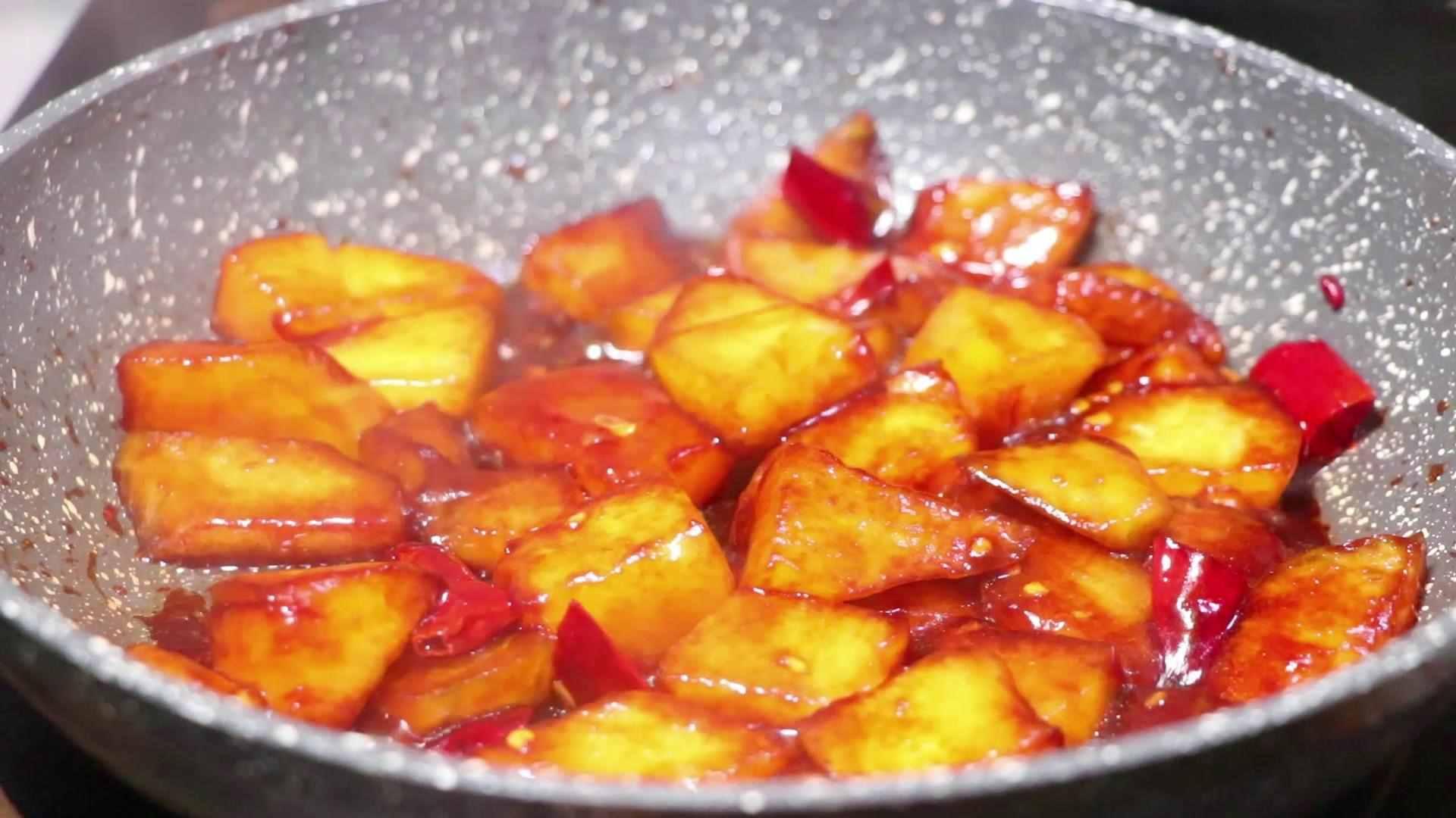 教你做一道红烧冬瓜,太香了,比红烧肉都好吃,做法很简单