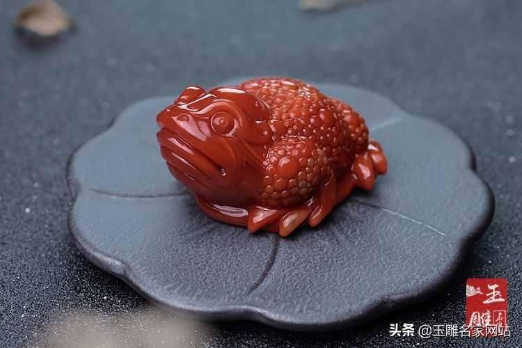 三足蟾蜍有什么特别的寓意?为什么传统文化中那么追捧三足蟾蜍?