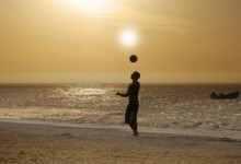 怎么踢足球?业余踢足球是不错的选择