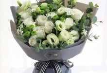 白玫瑰代表什么花语(形容白玫瑰的纯洁诗句)