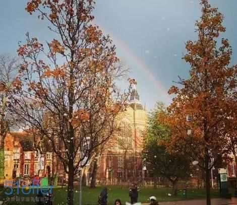 为什么有那么多学生喜欢利兹大学?答案在这儿了