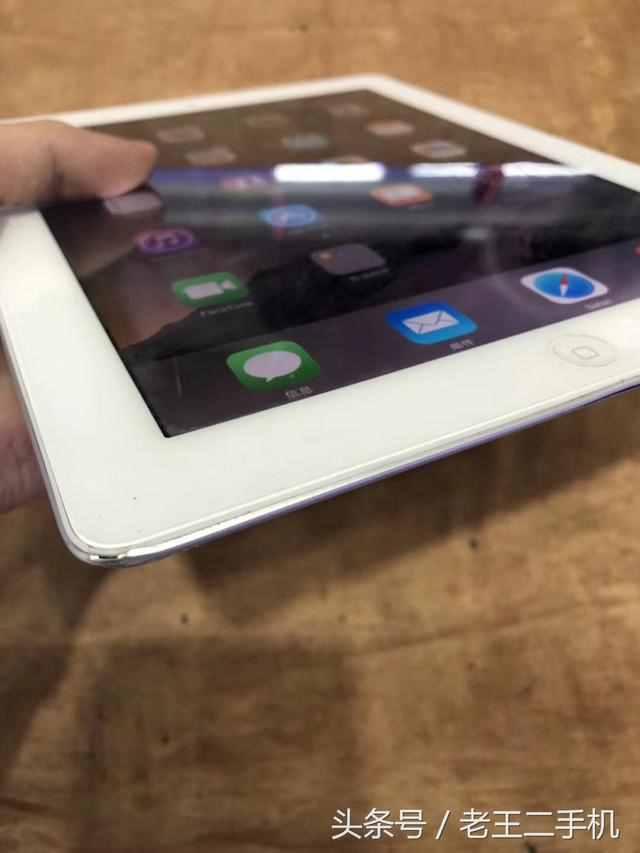 500块钱入手了一台iOS8系统的iPad2,32g,还有多少人在用iPad2?