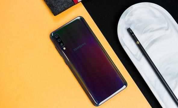 目前续航能力最强的三款手机,性价比爆棚,看看有你在用的吗