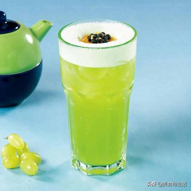 为你制作三杯果蔬汁,补充维生素又好喝