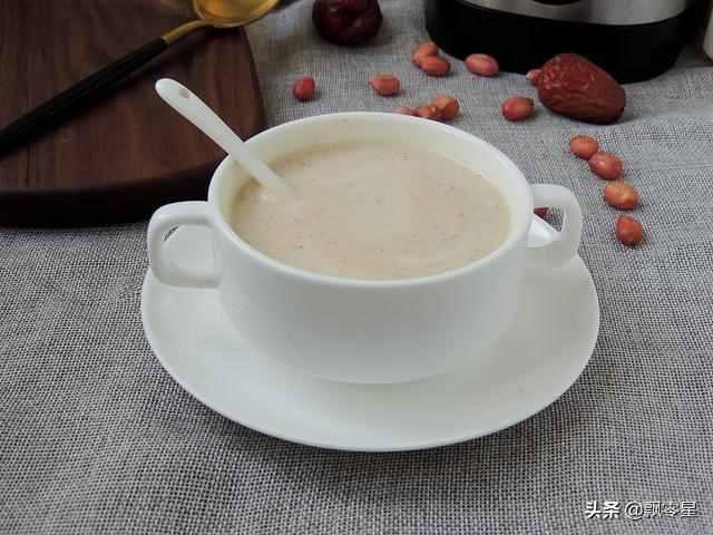 怎样在家制作好喝的花生牛奶??香浓醇厚好滋味,健康无添加