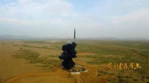东风26发射画面曝光震撼人心 东风-26型导弹有哪些特点和用处