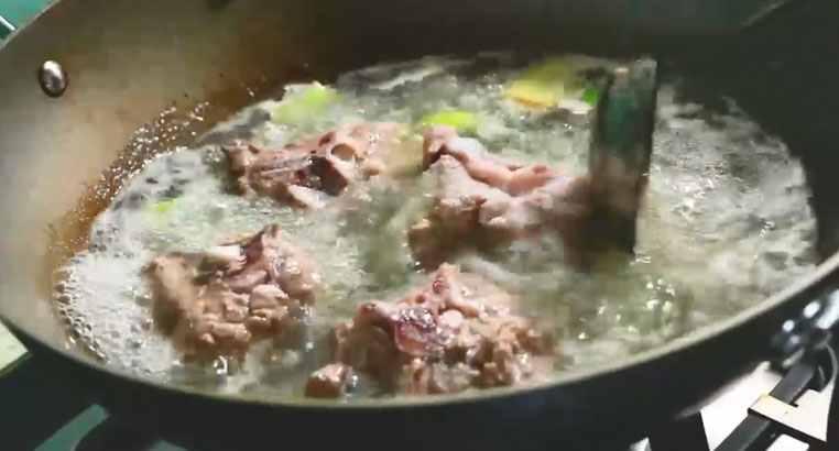 羊肉汤的做法 家庭羊肉汤怎么做好喝