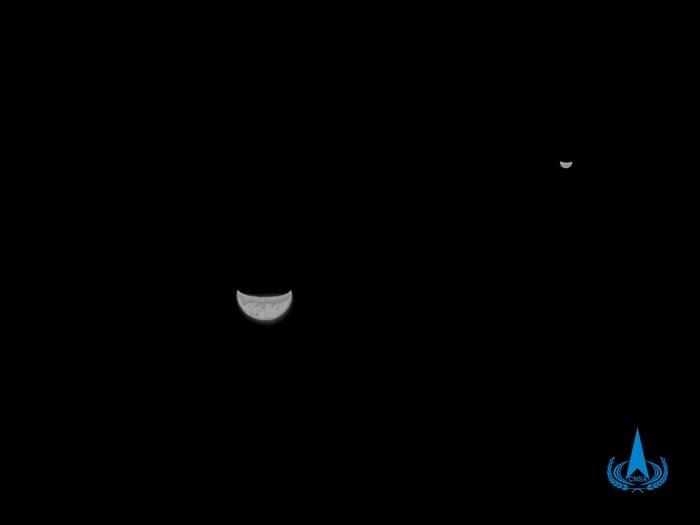天问一号探测器传回的地月合影是怎么拍出来的?