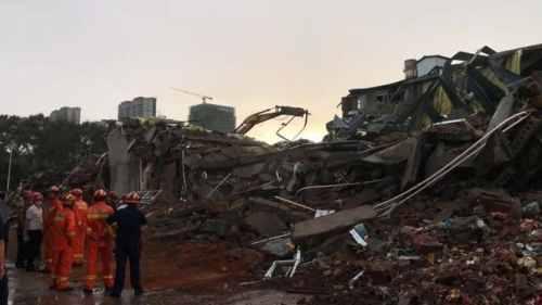 哈尔滨仓库坍塌被困9人遇难 哈尔滨仓库坍塌事故最新消息现场
