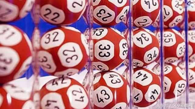 双色球中奖概率?双色球有普通人中奖吗