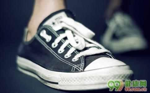 运动鞋怎样除臭?运动鞋很臭怎么去除臭味
