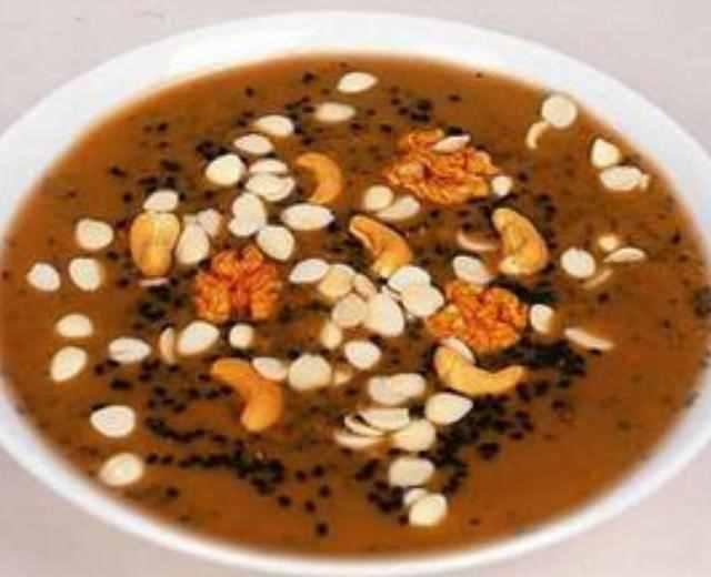 正月十五闹元宵,元宵节要吃哪些传统食物?你都知道吗