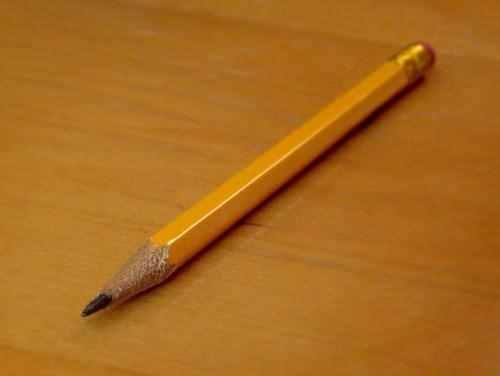 铅笔含铅吗?铅笔铅扎手里有毒吗