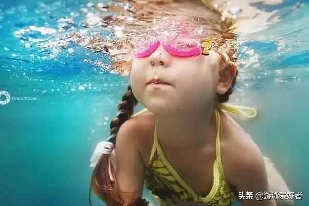怎样学游泳?初学者学游泳的步骤
