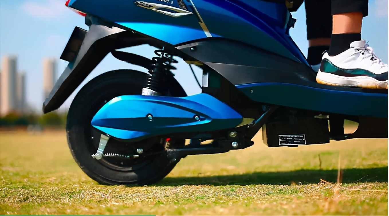 这2款性价比高的电动车,动力足提速快,关键还耐用