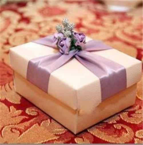 结婚送什么东西合适 送给朋友的结婚礼物推荐