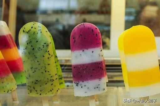夏季摆地摊卖什么冷饮赚钱?六个最赚钱而且很受欢迎的项目推荐!