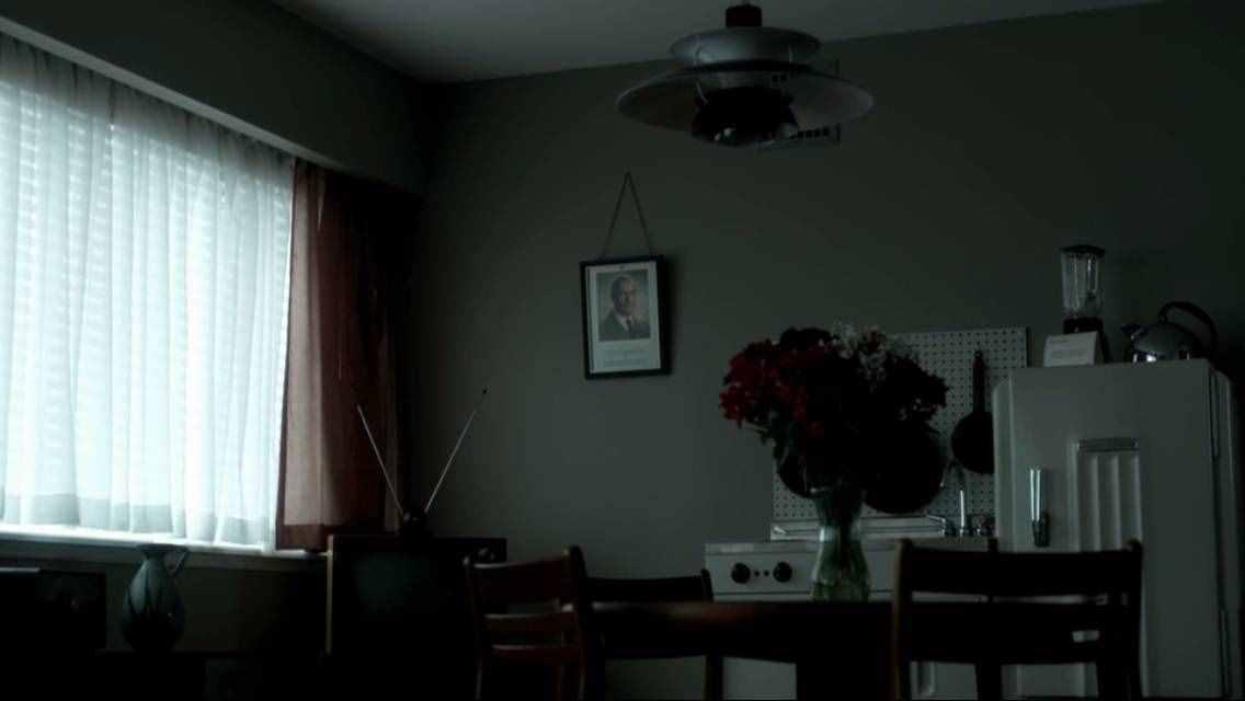高堡奇人:完美的架空世界,从设计一个纳粹厨房开始