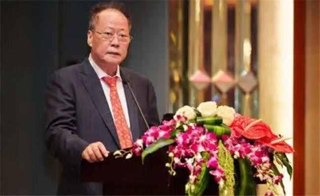 深圳隐形富豪黄楚龙:生于潮汕,曾是水泥工,如今身价390亿